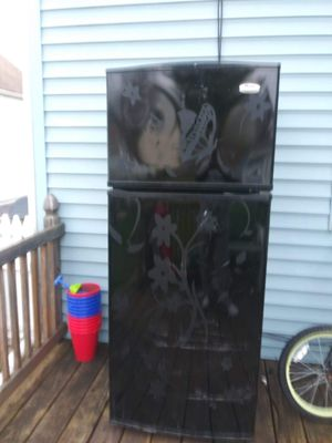 Fridge for Sale in Whitehall, OH