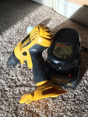 Dewalt 18v cordless drill with battery and charger for Sale in Nashville, TN