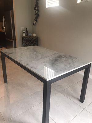 BEAUTIFUL GRANITE DINING TABLE! for Sale in Windermere, FL