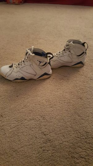 Jordan shoes size 7 and 1/2 for Sale in Renton, WA