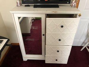 Bedroom furniture for Sale in Henrico, VA