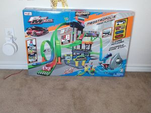 Maisto megatropolis mega playset 3+ for Sale in Fort Worth, TX
