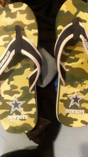 Cowboys camo flip flop. for Sale in Kingsport, TN