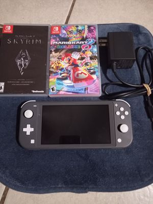 Nintendo switch lite Bundle for Sale in Phoenix, AZ
