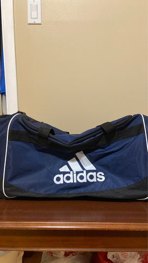 Adidas Duffle Bag Size:L for Sale in Skokie, IL