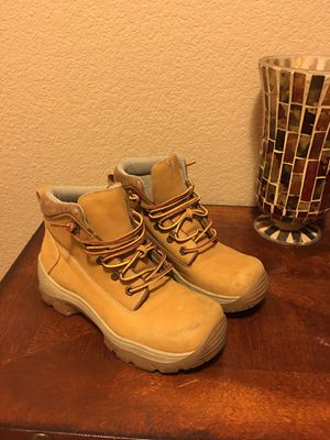 Women's Steve Madden boots size 7 for Sale in Las Vegas, NV