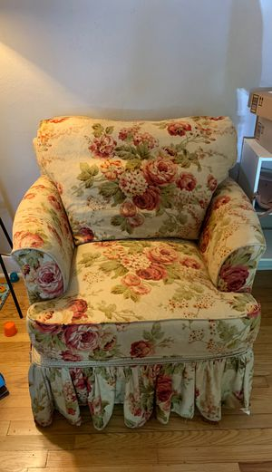Sofa Chair for Sale in Portsmouth, VA