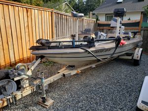 1983 bayliner bass boat for Sale in Everett, WA