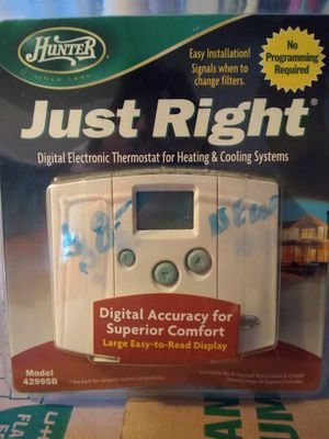 HUNTER BRAND..JUST RIGHT ELECTRONIC DIGITAL THERMOSTAT for Sale in Smyrna, TN