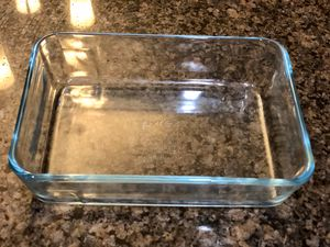 """Small clear Pyrex dish. Dish is 5""""x 7"""" and holds 3 cups. for Sale in Tolleson, AZ"""