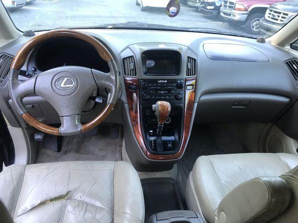 01 Lexus RX300