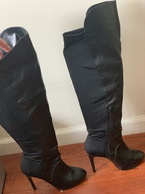 Steve Madden knee high leather boots for Sale in Glendale, CA