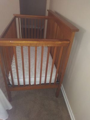 Baby Crib With Mattress for Sale in Parma, OH