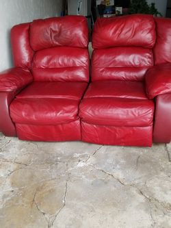 Leather Sofa Dual Reclining for Sale in Cleveland,  OH