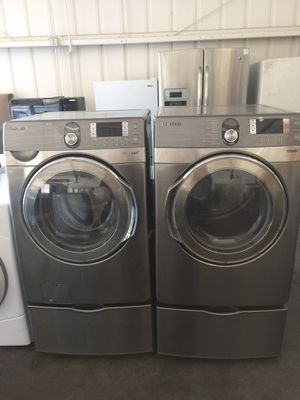 Samsung front load washer and electric dryer for Sale in San Luis Obispo, CA