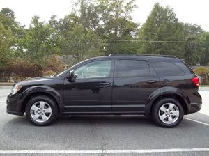 2011 DODGE JOURNEY ONLY 145K!!! AWD!!! CLEAN TITLE!! 7 PASSENGER!!! SPACIOUS!! AUX!! USB PORT!! PUSH START!! GOOD TIRES!! DRIVES GREAT!! for Sale in Philadelphia, PA