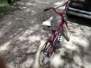 "Girls ""Malibu charmer"" pink bike for Sale in Milton, FL"