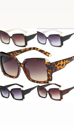 Glam Sunglasses for Sale in Snellville, GA