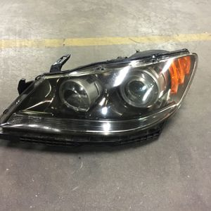 Acura RL Headlight Xenon Hid Oem (left Side) Oem Fits Year 2004-2007 for Sale in Downey, CA