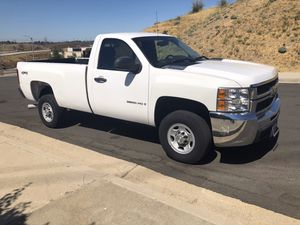 Chevy Silverado 3500 for Sale in Los Angeles, CA