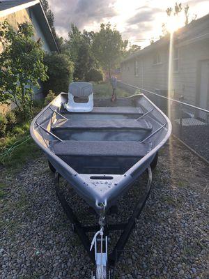 12ft valco Jon boat for Sale in Ashland, OR
