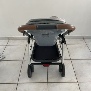 Coche Uppababy for Sale in Hialeah, FL
