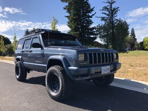 Jeep Cherokee XJ for Sale in Damascus, OR