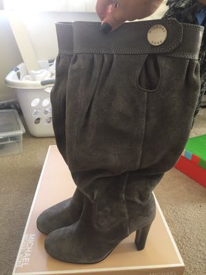 Michael kors suede boots for Sale in Los Angeles, CA