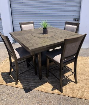 Pub dining table set counter height with 4 grey bar chairs retail $800 for Sale in San Diego, CA