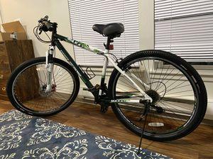 GENESIS 2900 disc brake Bike 29x for Sale in Tacoma, WA