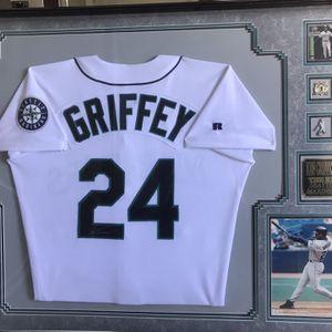 Ken Griffey Jr sport memorabilia for Sale in San Clemente, CA