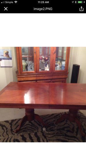 Dining table for Sale in Rockville, MD