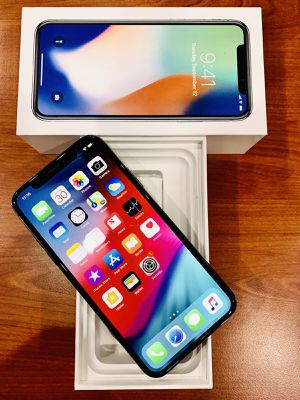 iPhone X 256gb unlocked for Sale in Houston, TX