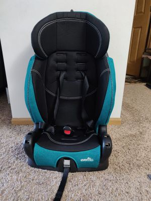 Evenflo high back booster seat for Sale in Eagan, MN