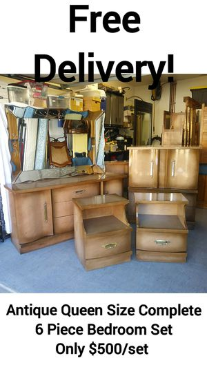 Antique Queen Size Complete 6 Piece Bedroom Set w/ Free Delivery! for Sale in Peoria, AZ