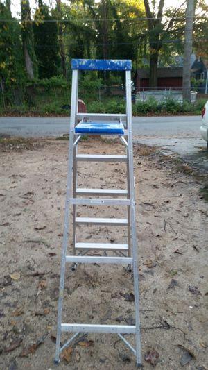 Ladder 6ft for Sale in Atlanta, GA