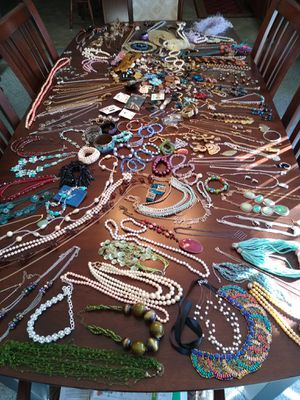 Jewelry lot for Sale in Washington, IL