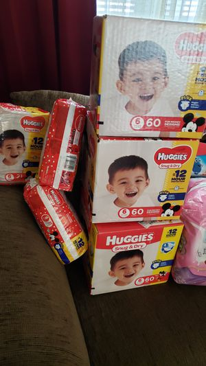 Size 6 huggies for Sale in Mount Laurel, NJ