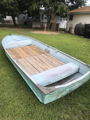 14' v-hull boat for Sale in North Attleborough, MA