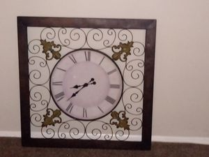Furniture, picture, mirrors, and clock for Sale in Fort Washington, MD