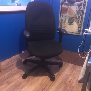 Office Chair for Sale in Riverside, CA