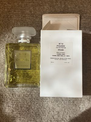 Chanel N.19 poudre perfume for Sale in Norco, CA