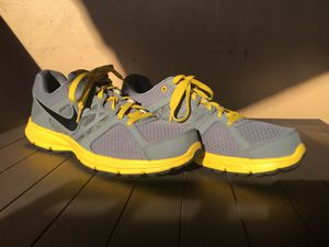 Nike running shoes relentless 2 for Sale in Miami, FL