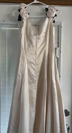 Wedding gown for Sale in Clearwater, FL