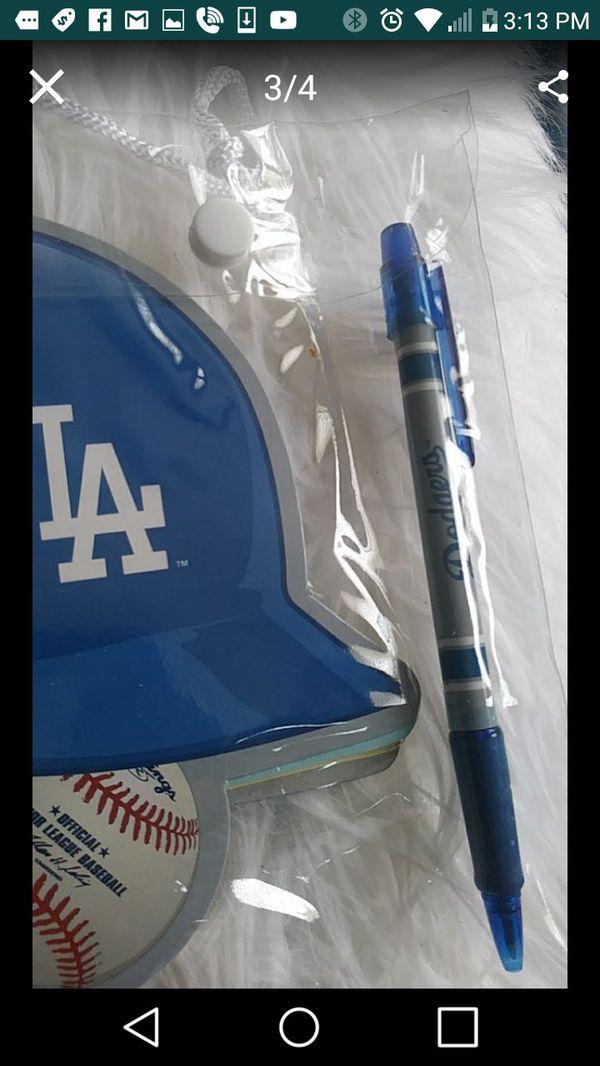 Dodgers notepacks