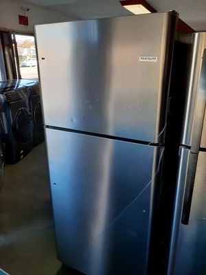 New Frigidaire Refrigerator 21 Cubic Feet for Sale in Long Beach, CA
