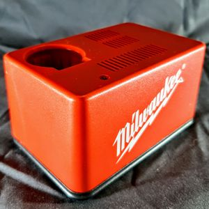 Milwaukee Battery Charger 48-59-0300 for 48-11-0100 2.4v NiCAD - Cordless Tools for Sale in Clarksville, IN