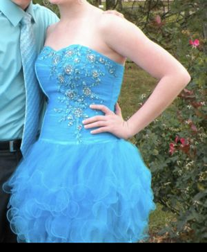 Homecoming dress for Sale in Bay City, MI