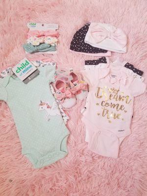 Cute Baby girl clothes bundle(premie) for Sale in Las Vegas, NV