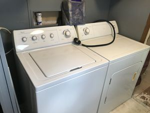 Whirlpool washer & dryer for Sale in Plant City, FL